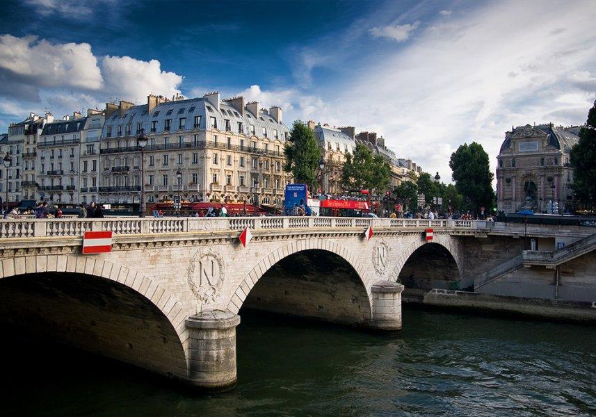 Мост Менял париж